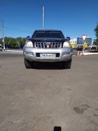 Тойота Ленд-Крузер Прадо