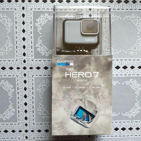 Oferta Camera video sport GoPro HERO7, Full HD, White Edition