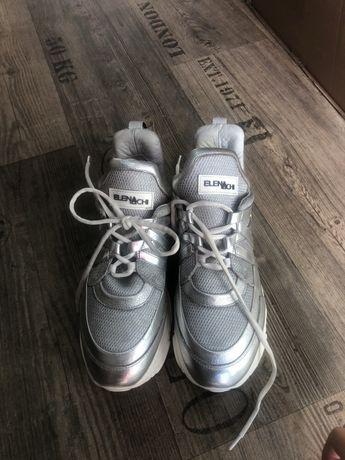 Обувки Elena Iachi