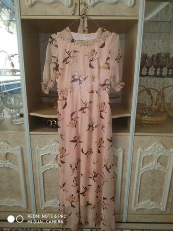 Платье. Қыз келіншектерге арналған сәнді көйлек