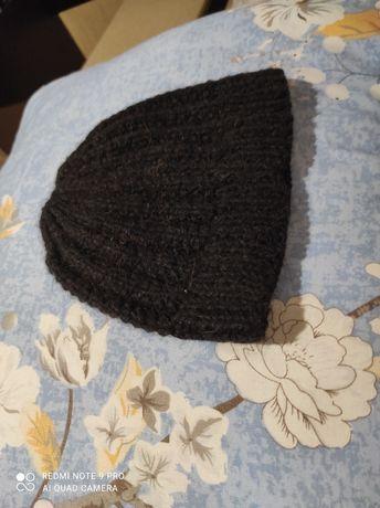 Продам шапки мужские