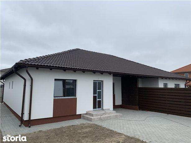 Duplex 1\/2. 4 camere in Remetea Mare
