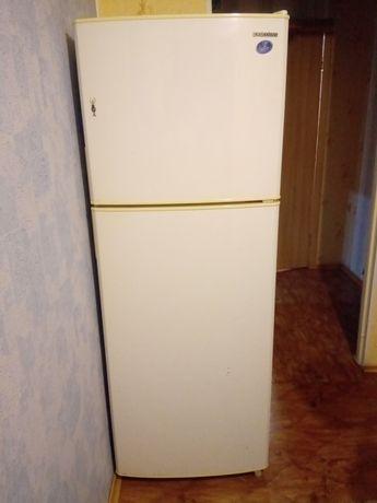 Продам холодильник Самсунг