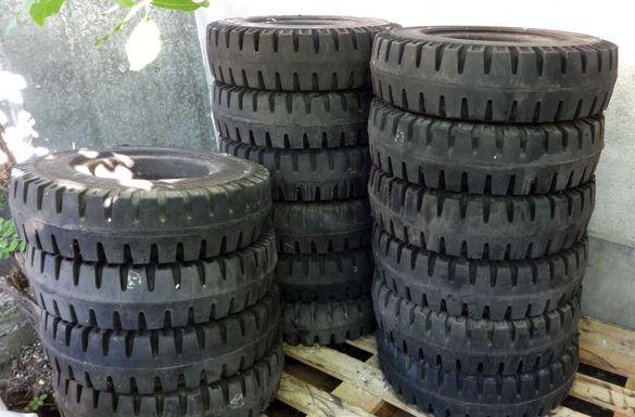 Супереластична/плътна гума 7,00-12 за мотокар