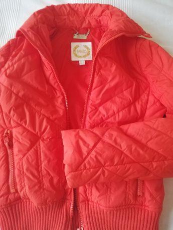 Късо оранжево дамско яке