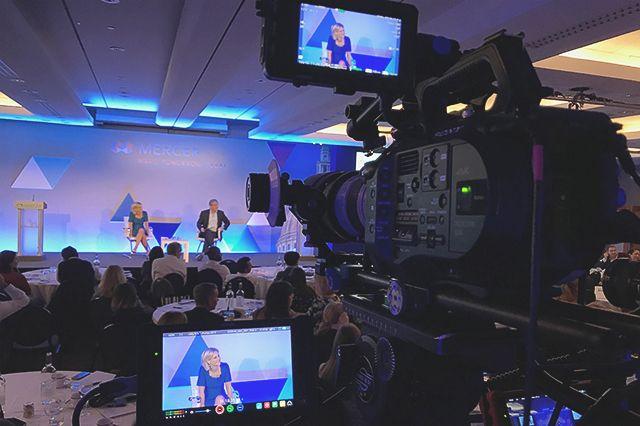 Filmări și fotografii pentru evenimente private / corporate