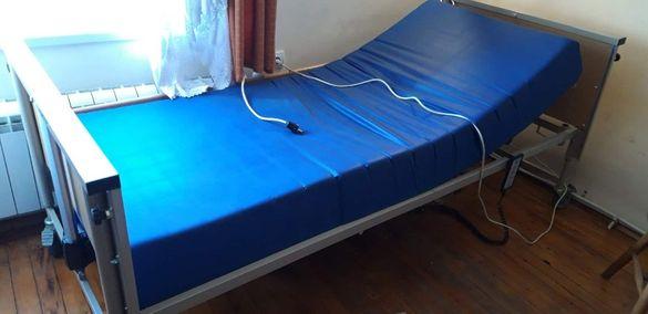 Електрическо болнично легло Vermeiren HLW074-029 + сгъваем матрак
