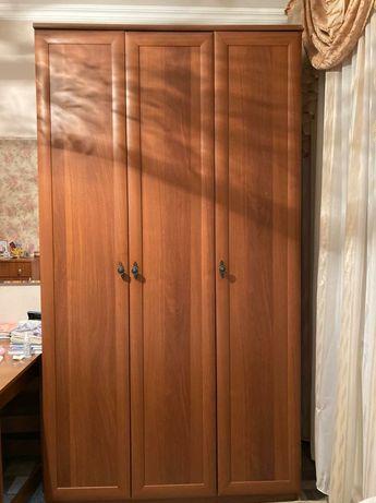 Шкаф для одежды, тумба с полками