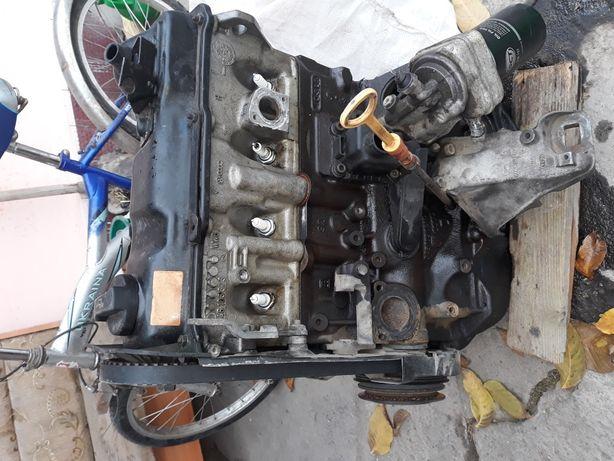 Продам мотор на audi b4