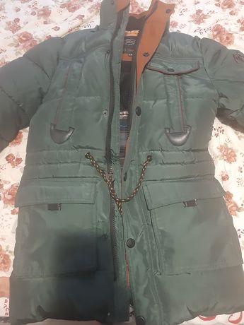 Продам куртку для мальчика 11-12лет в отличном состоянии