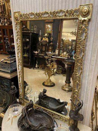 Oglinda cu rama din bronz masiv