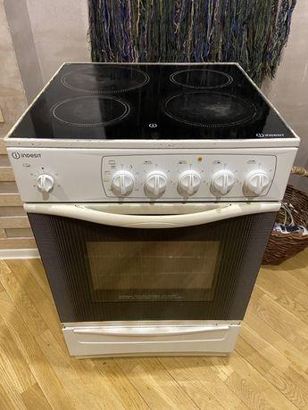 Электрическая плита с духовкой гриль