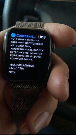 Apple watch 4 44mm!