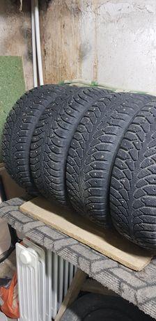 Продаются зимние шипованные шины 205/55 R16.94T