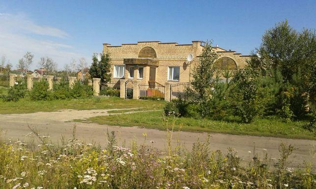 Жилой дом, гараж, баня (161 кв.м) и база отдыха на 20 мест (233 кв.м)