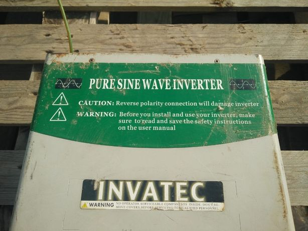 Vand invertor 24 V - 220 V