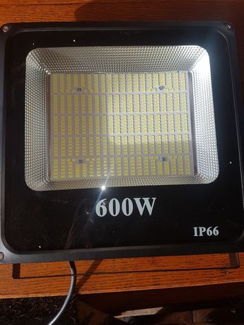 Proiector led 600w industrial