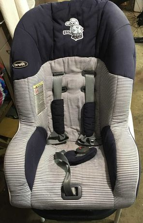 Продавам детско столче за кола BREVI