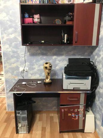 Шкаф с столом