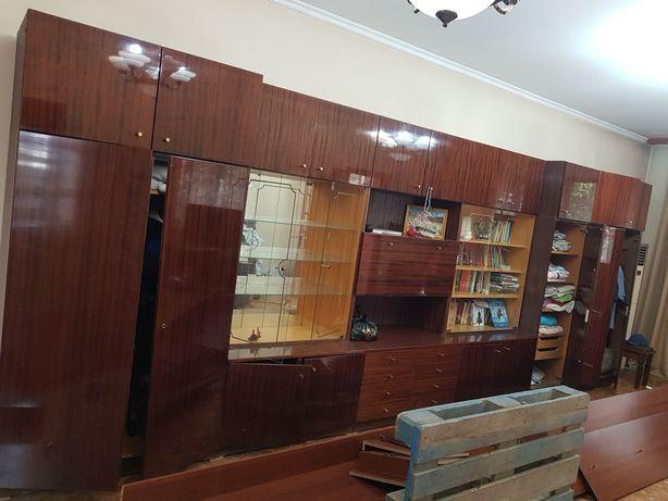 Продам мебель стенка
