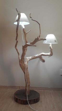 Veioze rustice din lemn
