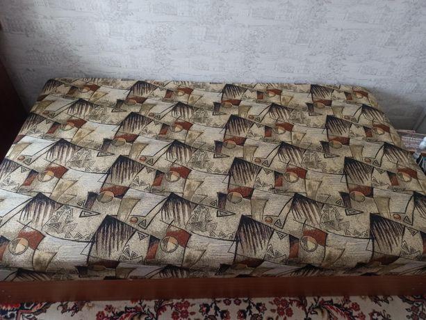 Продам кровать двуспальная с большой нишей для хранения