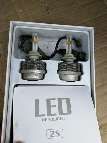 Продам одну автомобильную диодную лампу на тойоту на дальний свет