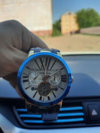 Часы наручные ULYSSE ARDIN