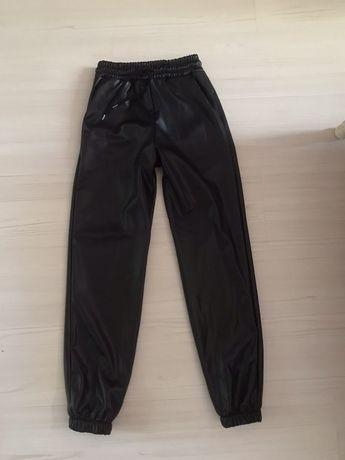 Кожен панталон от естествена кожа
