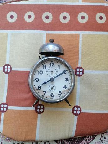 Старинен часовник