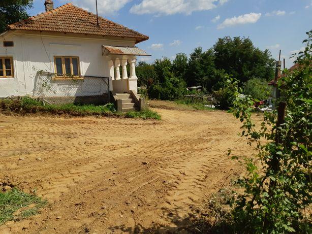 Vand Casa + Teren 1300 Mp la 6.5 km de Centru orașului - Zona Vladesti