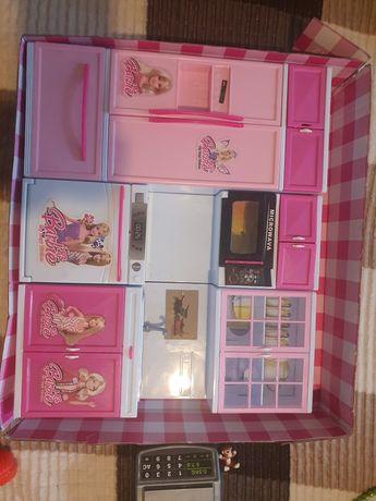 Продам игрушки для девочки