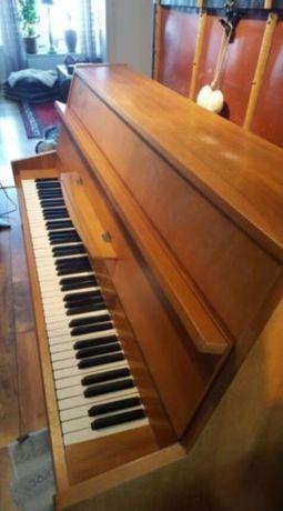 Mutam piane, pianine sau obiecte grele