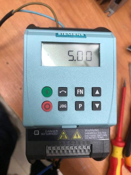 Честотен регулатор(инвертор) Siemens 0,75кw/220V