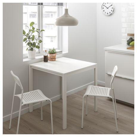 Обеденый стол ikea