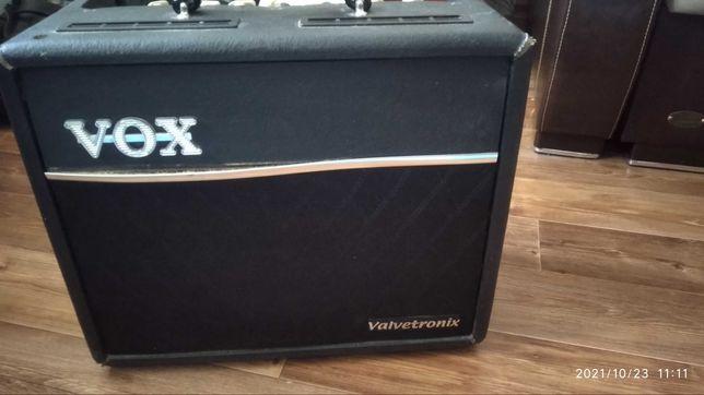 Легендарный комбик vox vt 20+ и электро гитара в одном комплекте