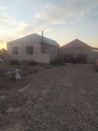 Продам дом за поселком Комсомол