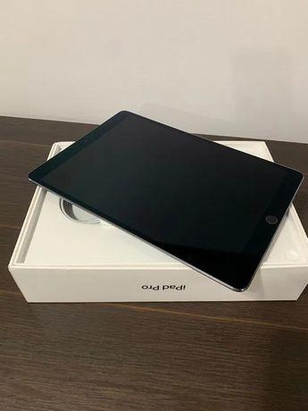 """Ipad Pro 9,7"""" 32gb wi-fi + celular space gray impecabil"""
