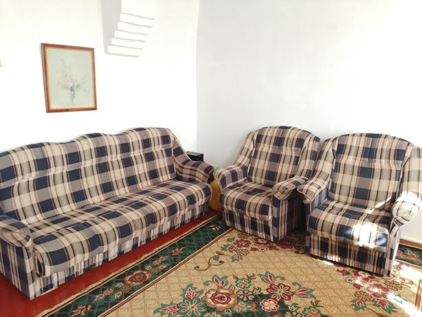 Диван  и две кресла