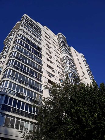 Vindem apartament 4 camere 115 mp  Cora Pantelimon