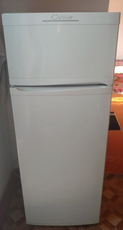 Холодильник, газовая плита, шкаф