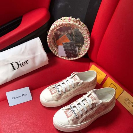 Кеды Dior, в наличии размеры 38 и 39, производство Гуанчжоу