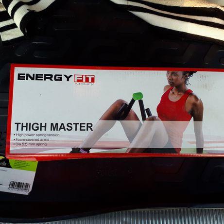 Thigh master