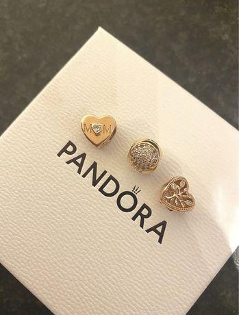 Charmuri Pandora originale, suflate cu aur.