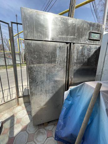 Продам два холодильника