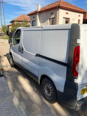 Opel Vivaro-Опел виваро на части