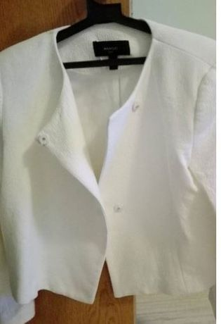 Бяло сако или яке Манго. mango