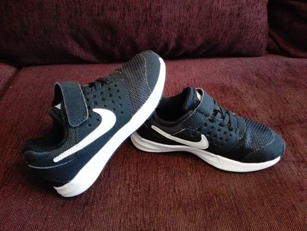 Adidasi Nike Downshifter 7,pentru copii,marimea 27,5(18cm)!Originali.