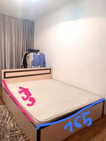 Двухспальный кровать