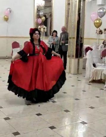 Испанский танец с привлечением гостей